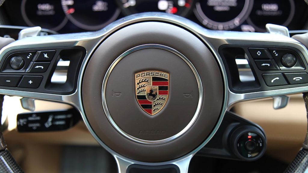 Abgasskandal-Fahrzeug Porsche Macan Lenkrad