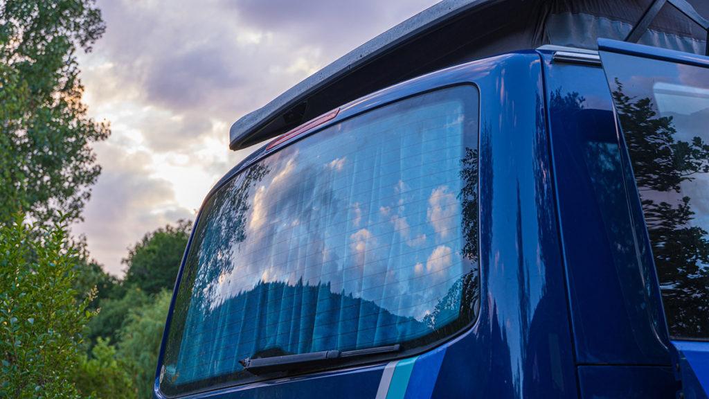 Abgasskandal VW-Fahrzeug T5 Fenster